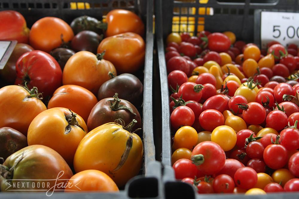"""""""Пазара в петък""""  2 Септември 2013 - Доматите на Вискяр Градинаров  http://xn--b1amgyd9f.com"""